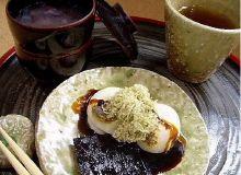 おぜんざいと焼餅のセット(ほうじ茶付) 税込750円