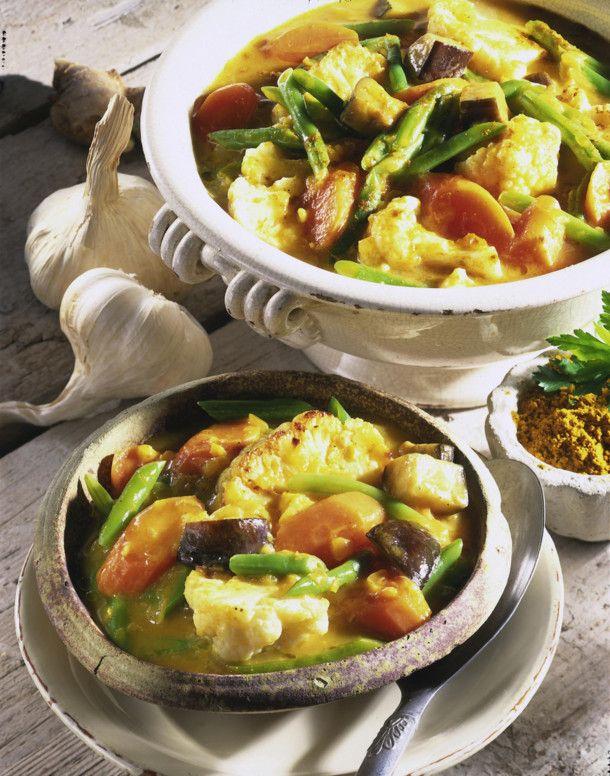 Unser beliebtes Rezept für Gemüse-Curry mit Joghurt und mehr als 55.000 weitere kostenlose Rezepte auf LECKER.de.