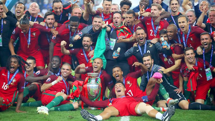 Cristiano Ronaldo's Half-Time Speech Revealed by Teammate - TheSPORTbible