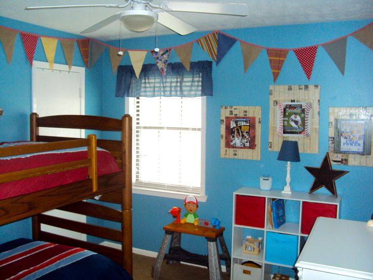 i like the idea of pennant banners in the boys room