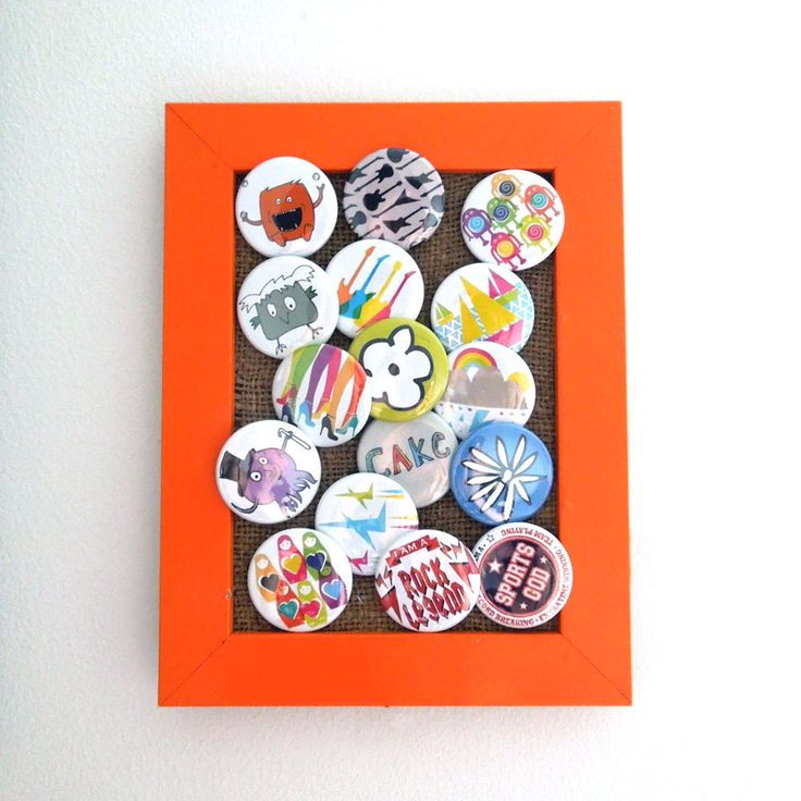 Pin badge frame - This could work for brooch storage or wall art.: Diy Ideas, Badges Frames For, Creative Ideas, Minis Dog Qu, Badges Collection, Pin Badges, Minis Artworks, Cheap Frames, Badges Framefor