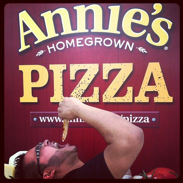 that's one way to eat a pizza :DAnnie'S Slices, Offering Coupon, Annie Slices, Pizza Tours, Eco Fav, Happy Pizza
