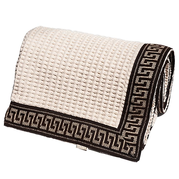 Pure Cotton Cover embellished with the Meander symbol