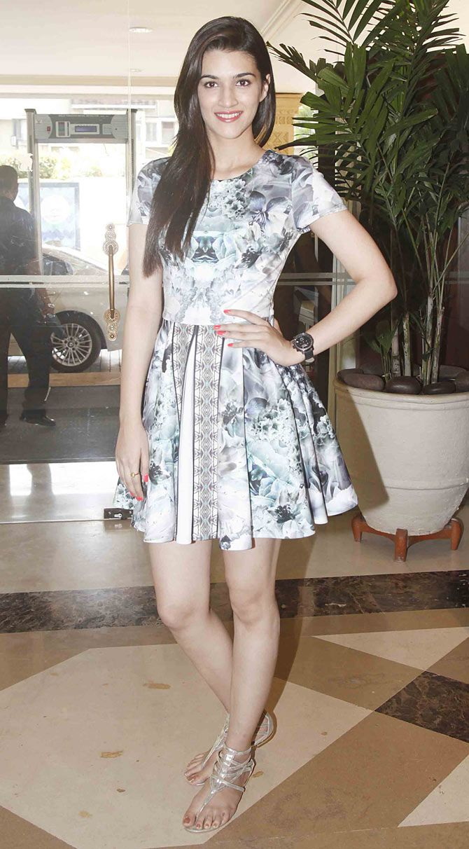 Kriti Sanon at the 16th IIFA Voting Weekend.