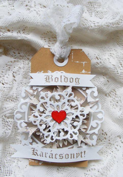 Karácsonyi címke, tag