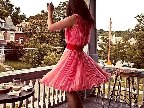 ...who doesn't like a good spin-dress...