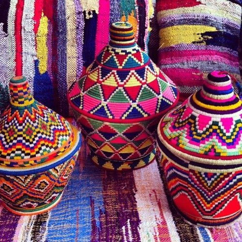 Color in the marketplace: Colour, Pattern, Colorful Craft, Art, African Baskets, Africans, Moroccan Baskets