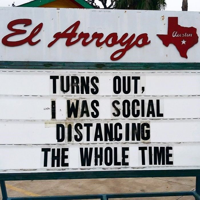 39 El Arroyo Signs Filled With Sass And Dad Humor Restaurant Signs Funny Dad Humor Funny Signs