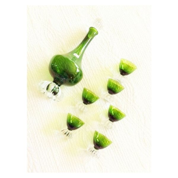 Vintage Cottage Home Emerald Green Decanter and Cordial Glasses,... (€115) ❤ liked on Polyvore featuring home, kitchen & dining, drinkware, glass drinkware, port glass, glass decanter set, cordial glass and glass decanter