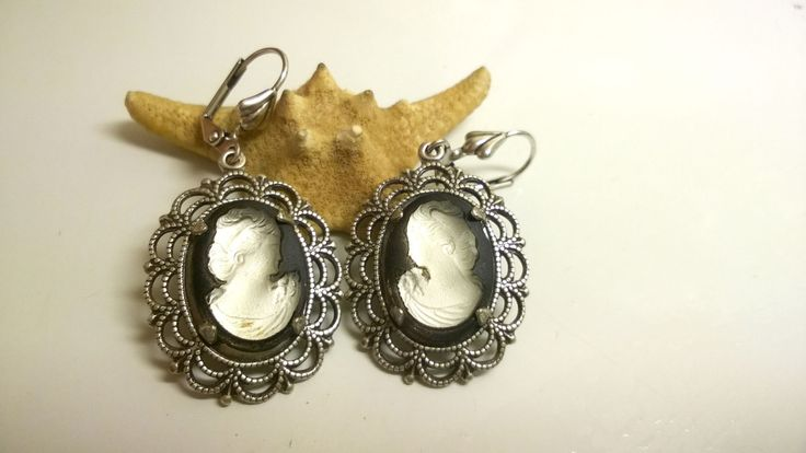 """Silver plated brass earrings """"Chocolate and champaign"""", Czhech glass by victorianIVAstyle on Etsy"""
