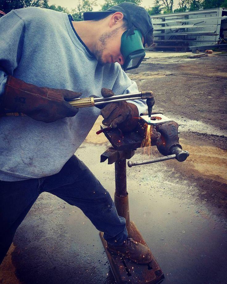 @dp_fab cutting nice holes in carbon steel #straightcutsnodross #oxyacetylene #torch #burncrew #bigdawgs #gasaxe #welding #weldporn #flametech #sparks #fire #pipeline #welder #weldernation #bluecollar #dirtyhandscleanmoney #flamecutting #steel #american #ironworker #making #parts #trucks #truckbodies #transtar #weldingrepair