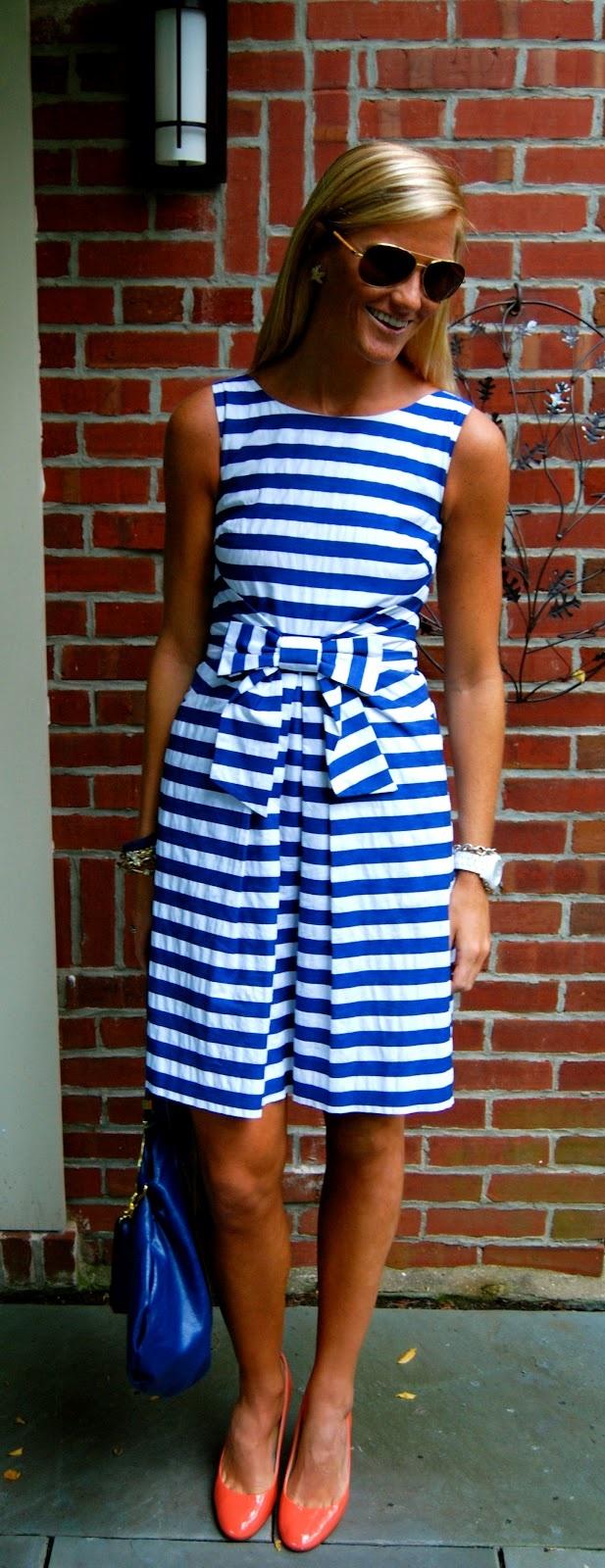 I want this dress so bad!!