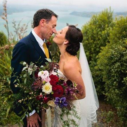The Kiss |  Estelle Flowers Weddings | Mark & Megan | Sinead Jenkins Photography | Dunedin, NZ.