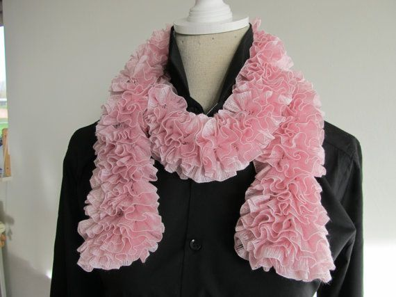 Beautiful Knitting Ruffle Scarf Light Pink by MinnieCreation, €19.32