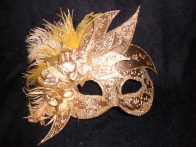 http://www.artesanum.com/upload/postal/8/3/1/mascara_veneciana-210238.jpg