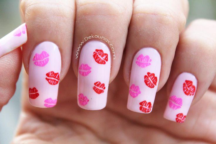 Decoración de uñas besos - kissed nail art