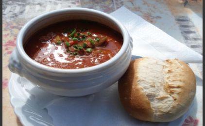 Σούπα Γκουλάς από την Ουγγαρία