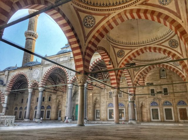 Day Trips From Istanbul | The Edirne Mosque-Day trips from Istanbul to Edirne are truly worth it with the Edirne Mosque being a highlight. Read here about my exclusive adventure climbing to the top of the minaret of the Selimiye Mosque!