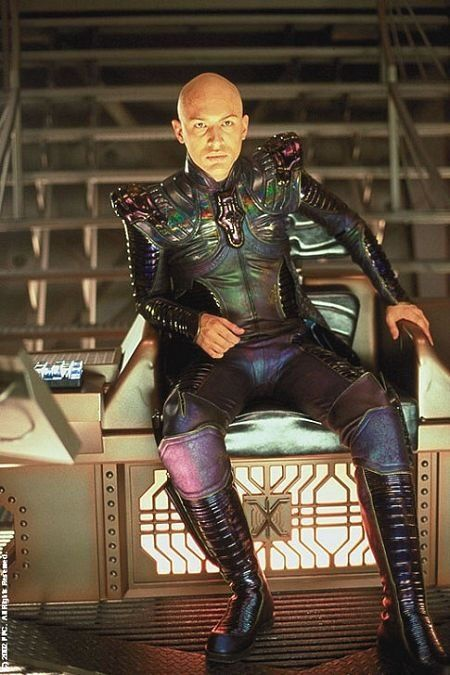 Still of Tom Hardy in Star Trek: Nemesis