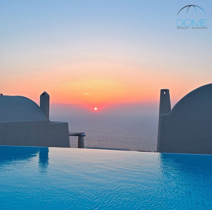 Santorini sunrise…right where the magic of the day begins! More at domesantoriniresort.gr
