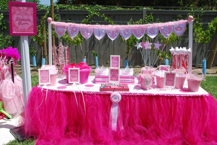 Great idea for baby girl shower or princess party