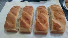 O Pão Fofinho de Liquidificador é delicioso, fácil de fazer e rende muito. Ele é perfeito com queijos e frios, requeijão,manteiga/margarina e geleias e to