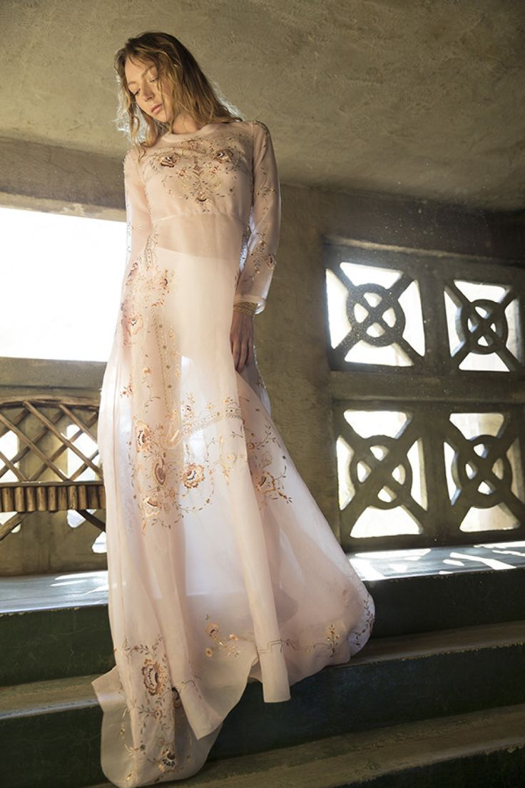 Blush Strokes / Nevenka I am Aphrodite Dress
