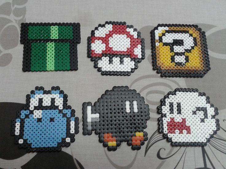 Lot de 6 dessous de verre de l'univers Mario. : http://www.alittlemarket.com/cuisine-et-service-de-table/fr_lot_de_6_dessous_de_verre_de_l_univers_mario_-12054099.html