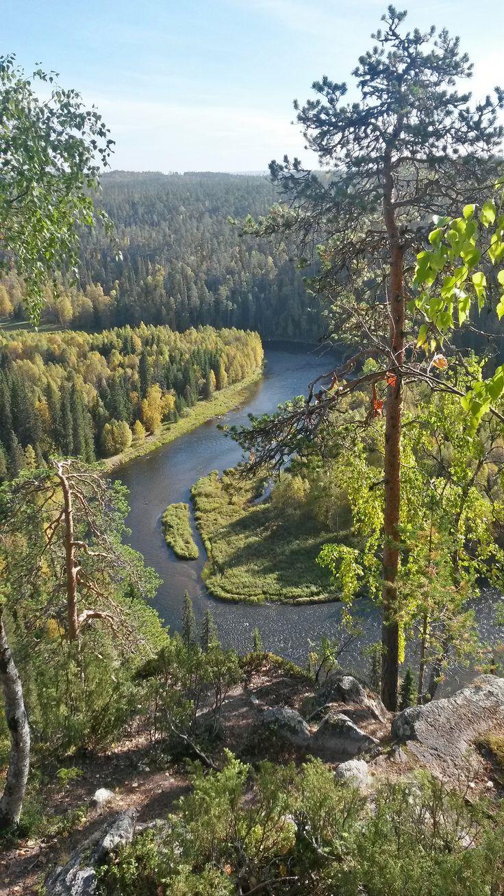 Pähkänä Kuusamo Finland Oulanka river by Juha Jousi