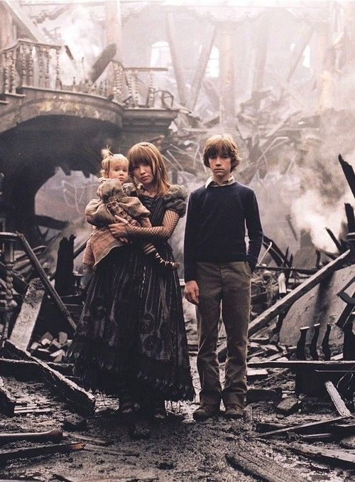The children from Lemony Snicket's A Series of Unfortunate Events (2004)