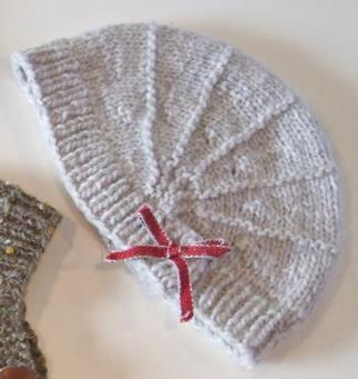 Poppy un cappello a maglia di Justine Turner - Maglia e Uncinetto