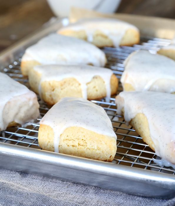 Get this tested recipe for gluten free petite vanilla bean scones. A copycat recipe for the two-bite Starbucks treats. A dead ringer for the original!