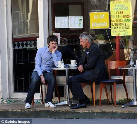 Paul Weller and Noel Gallagher enjoy a quiet cuppa at a greasy spoon | Mail Online