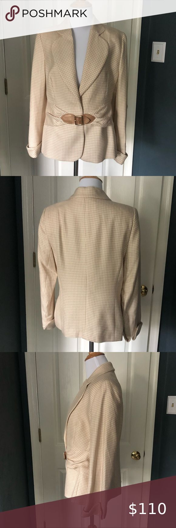 Escada Cream And Tan Houndstooth Blazer In 2021 Houndstooth Blazer Escada Jacket Clothes Design