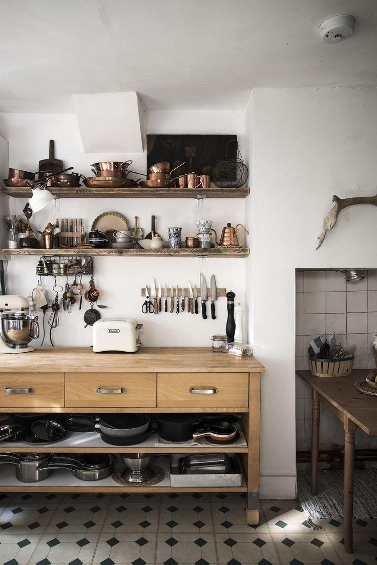 Best 25 freestanding kitchen ideas on pinterest kitchen learning to love my imperfect diy kitchen solutioingenieria Images