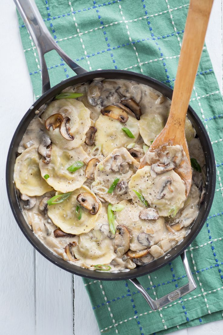 A super easy twist on classic beef stroganoff!! Use beef-filled ravioli, then cook up with mushrooms and a simple cream sauce. One pot only!!
