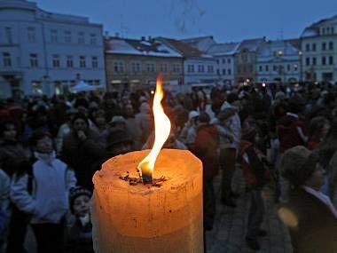 Adventní a vánoční akce na pelhřimovském náměstí mají svoje kouzlo.