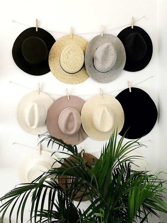 壁にスペースがあればしめたもの帽子収納のDIYですっきり部屋に