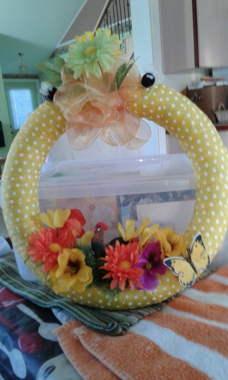 FOR SALE $20.00 Really beautiful wreath one of a kind Denisepcollins@outlook.com