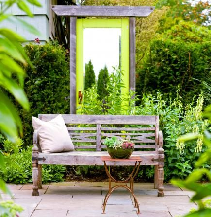 How to use mirrors in your garden! Ideas: http://www.midwestliving.com/garden/ideas/how-to-use-mirrors-your-garden/page/0/0