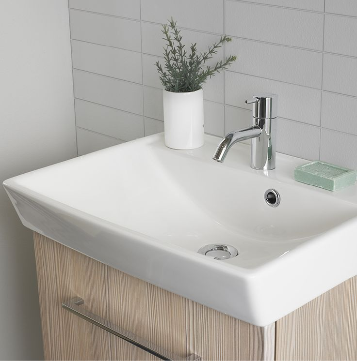 The Cappella washbasin is made of genuine sanitary porcelain, which has a smooth and easy to clean surface. This, combined with the soft forms of the basin make it very easy to maintain.
