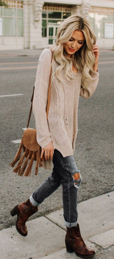 #fall #outfits  women's brown velvet fringe sling bag