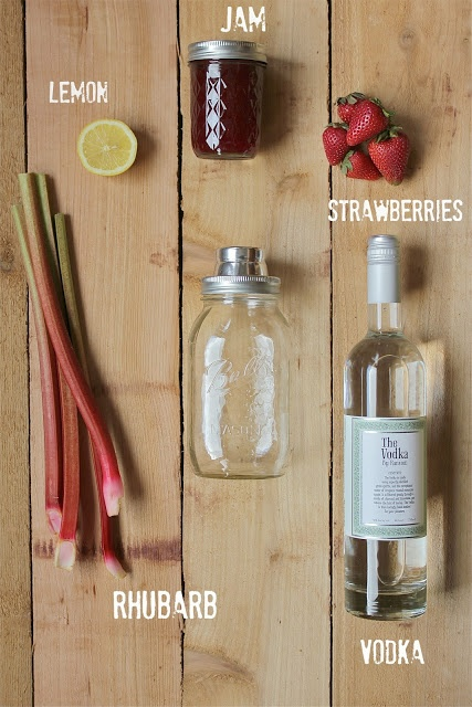 Pink Patisserie: Strawberry Rhubarb Smash