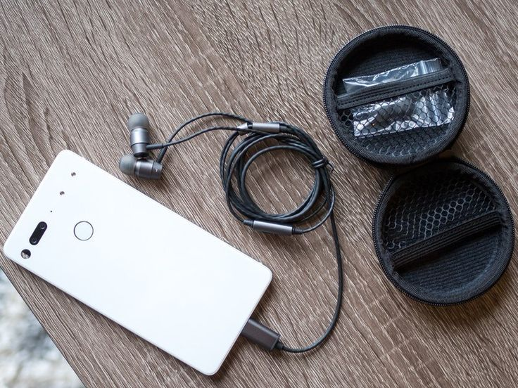 Essential Earphones HD review: $99 USB-C headphones that make the best of an awkward situation  USB-C headphones need a guiding light.  Essential is riding a mixed bag of press over the past 6 months but you cant argue its had a good run of being able to stay in the news cycle one way or another. Between sales software news and accessories its the little company that just wont quit. Its latest announcement is on the accessory front: the Earphones HD USB-C headphones a $99 pair of in-ear buds…