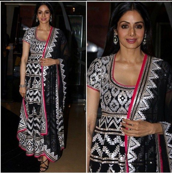 Sri Devi Kapoor In A Beautiful Dress.For this dress mail us at contact@ladyselection.com