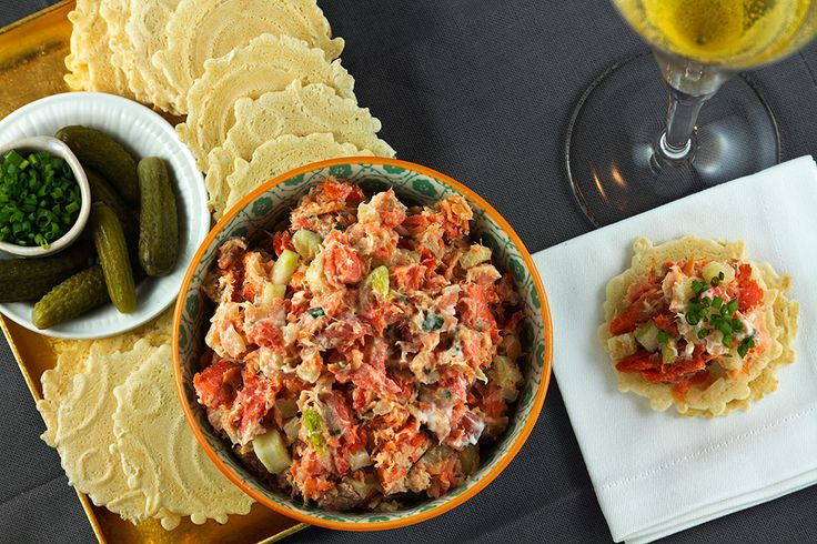 A twist on classic French recipe for rillettes made easier and healthier with smoked salmon, fennel, tarragon, and crème fraîche.
