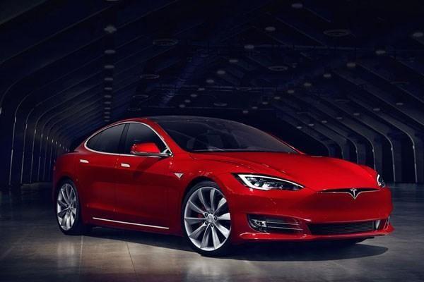Grand Theft Tesla: Android App Hack Unlocks, Starts Car