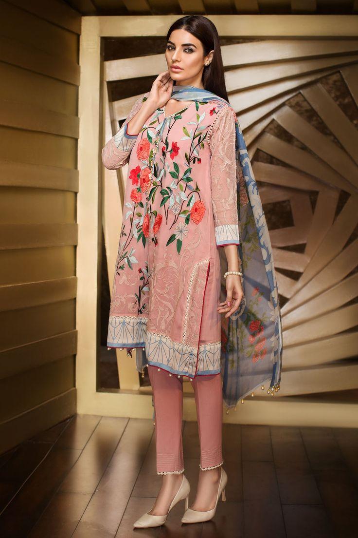 Pakistani casual wear by Khaadi. Model: Sadia Khan