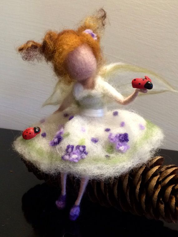 Ladybird is a symbol of fortune and happiness in Italy. Making a gift is always added ladybird (for good luck). So this little spring fairy with