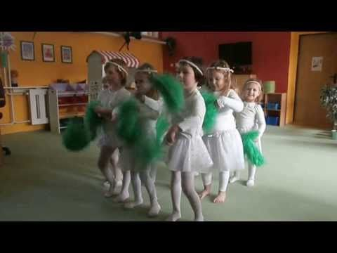 """Vánoční besídka KOŤÁTKA 2013 - """" Tanec vloček"""" - YouTube"""